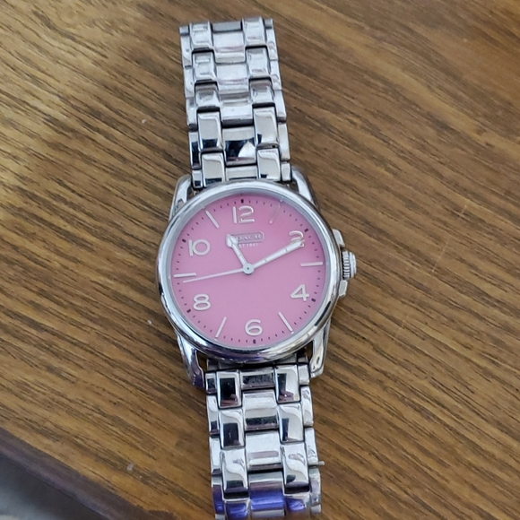 Coach EUC LADIES Silver-Tone/pink face watch.